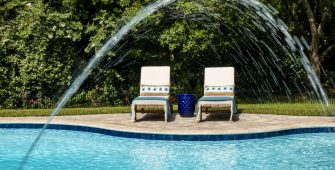 Get Inspired by These Luxury Pool Features